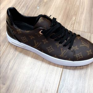 5919ff95fd6a Louis Vuitton Shoes - LV men s sneaker